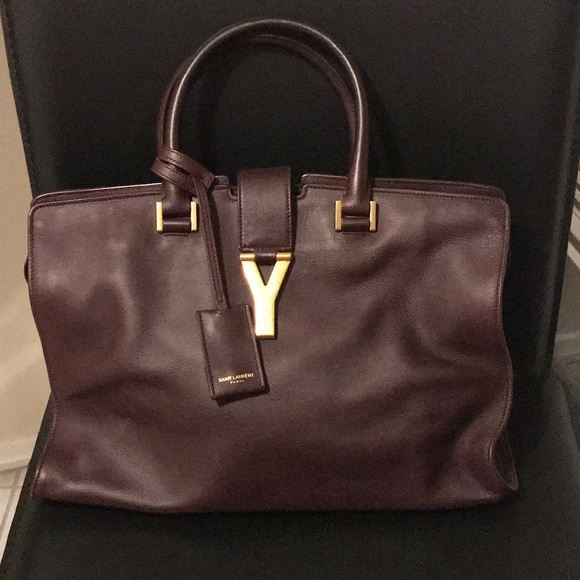 e0c8c7feb96c Yves Saint Laurent Classic Y Cabas Bag 👜. M 5a88d73133162794418fff1a.  Other Bags you may like. YSL authentic